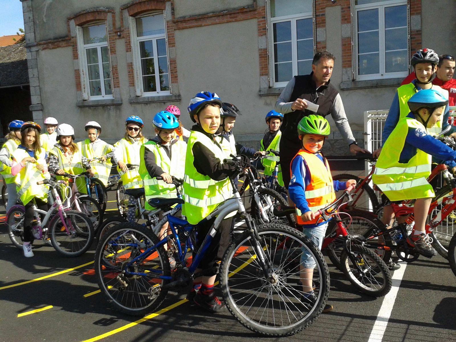 Sortie cyclisme pour les enfants de l 39 cole for Sortie yvelines enfants
